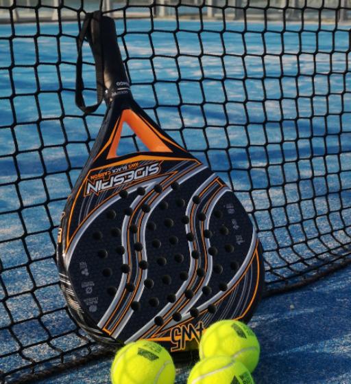 Padel tennis er blevet populært blandt studerende!