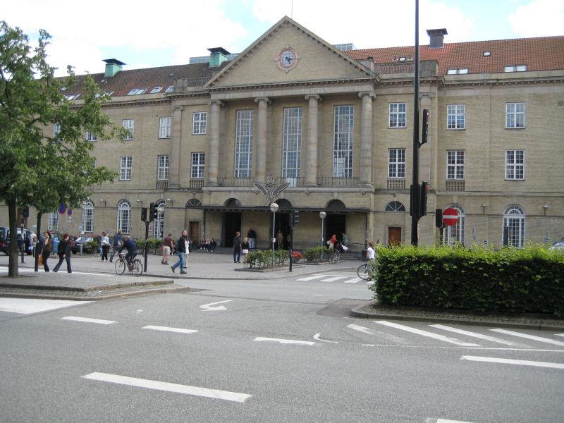 Århus Banegård/Bruun's Galleri