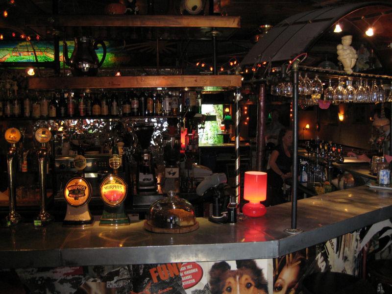 Den Smagløse Café og Bar