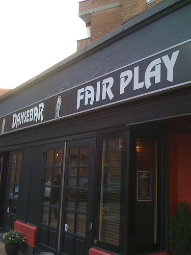 Fair Play dance bar